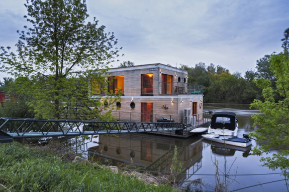 Houseboat_Komarno_ (20)