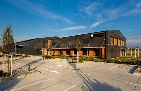 Logistické,-administratívne-a-školiace-centrum-HERZ-Slovensko
